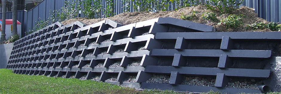 how to build a segmental retaining wall